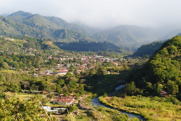 The crown jewel of Panama in many ways is the mountain town of Boquete where lots of expats, including Jackie and Nikki and I choose to live, is Boquete.
