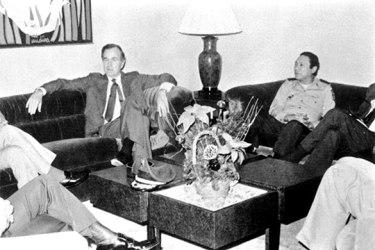 1983-George-W-Bush-meets--010[1]