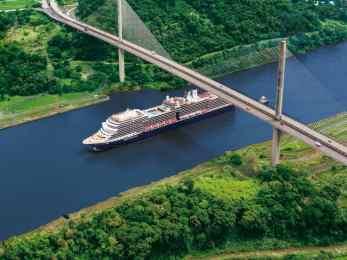 panama-canal-bridge-amsterdam-061218-c037.jpg.image_.750.563.low_